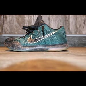 Nike Kobe Elite 10 Drill Sergeant size 10.5
